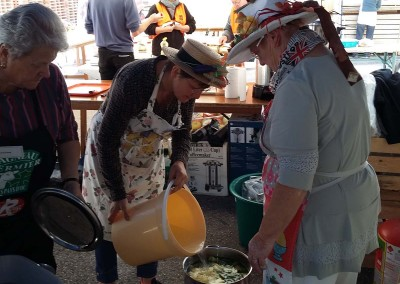 26 09 15 - Fête du don quartier soupe (7)